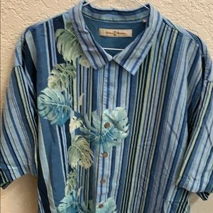 Absolutely gorgeous Tommy Bahama silk shirt CL
